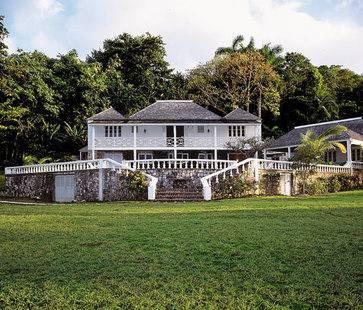 Round Hill Hotel & Villas