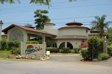 Cocolapalm Seaside Resort
