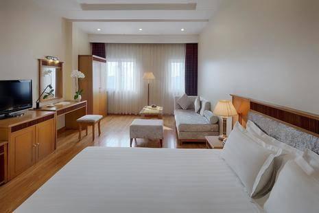 Silverland Central Hotel ( Ex. Tan Hai Long Hotel )