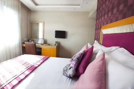 Carlton Istanbul Hotel