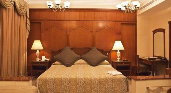 Regent Palace Hotel
