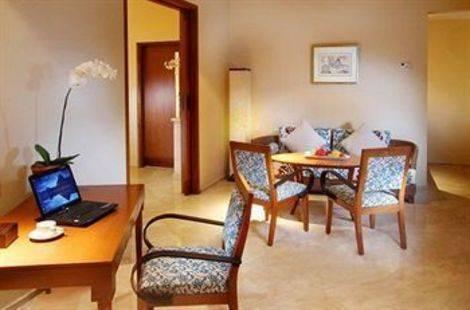 The Santosa Villas & Resort