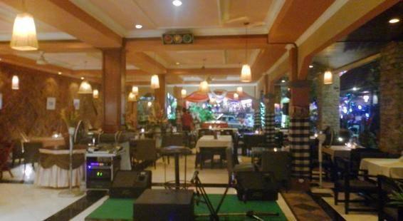Maxi Hotel