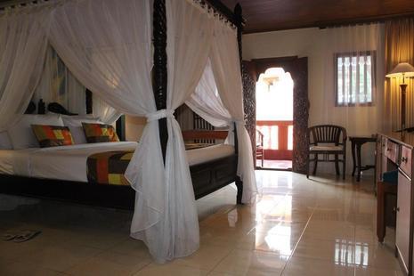 Wina Holiday Villa