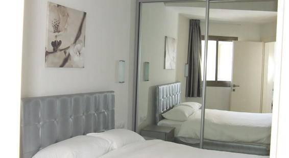 Blue Weiss Hotel