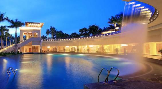 Wyndham Grand Plaza Royale Longmu Bay