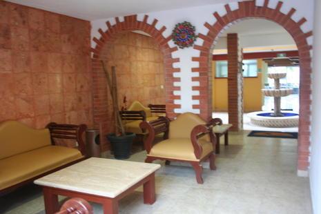 Suites Cancun Center