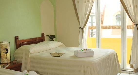 Hotel Bucaneros