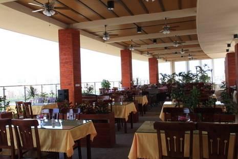 Century Landscape Lakeside Hotel