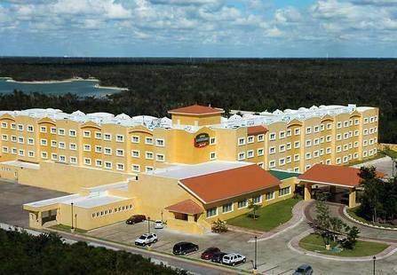Courtyard Marriott Cancun