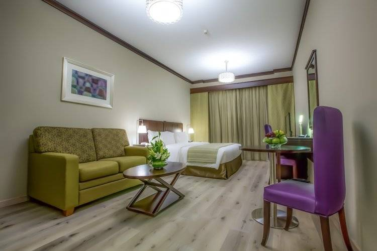 Savoy Crest Hotel Apartment