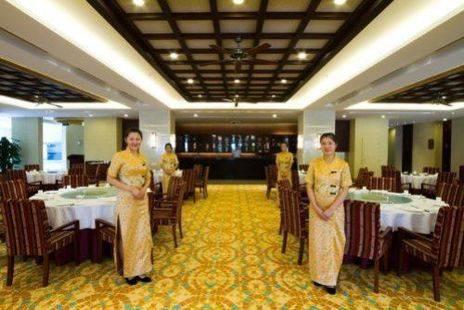Longyue Seaview Hotel