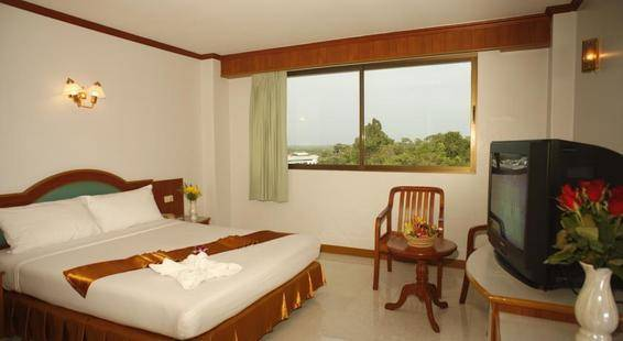 Boon Siam Hotel