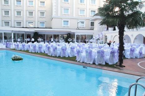 Holiday Inn City Hotel