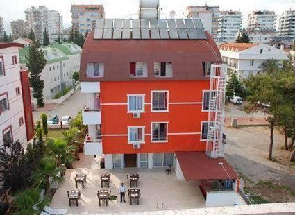 Rozz Hotel 2