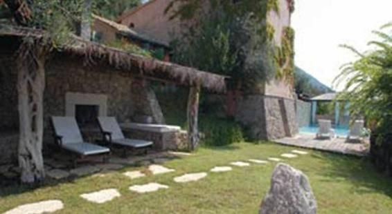 Villa Manavra