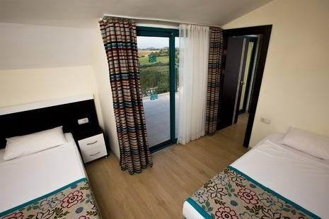Dosi Hotel Side