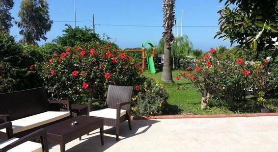 Pera Beach Hotel