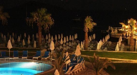Lugga Deluxe Boutique Hotel & Beach