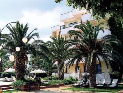 Zephyros Beach