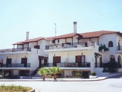 Tzogalis Apartments