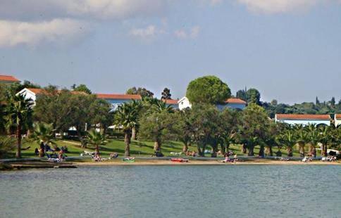 Hellion Resort At Govino Bay