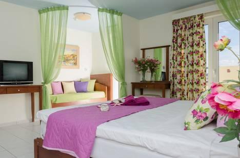 Philoxenia Malia Hotel