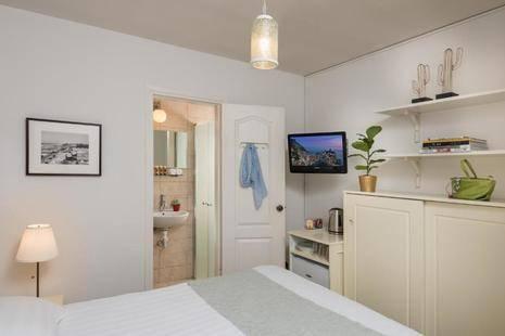 Dizengoff Suites