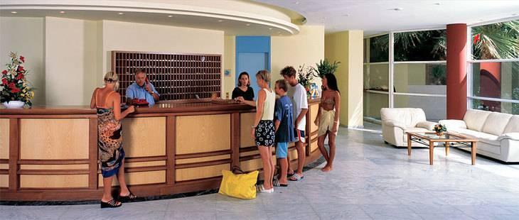 Dessole Dolphin Bay Resort