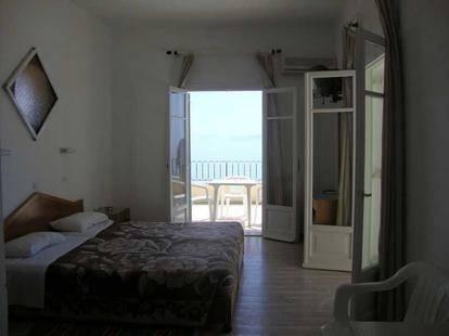 Litharia Apartments