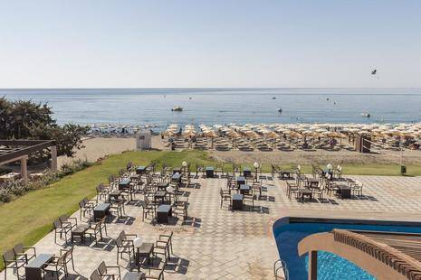 Costa Lindia Hotel