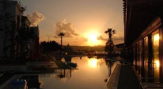Tropicana Beach Hotel