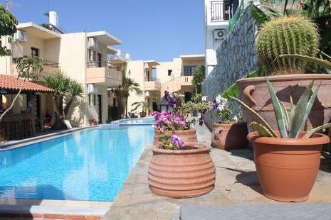 Lolas Hotel