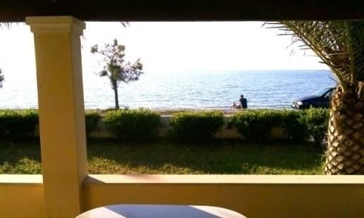 Beach Front Selvanos Apt