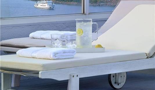 Mistral Bay Hotel