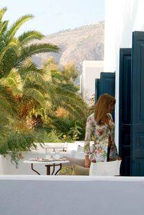 9 Muses Santorini