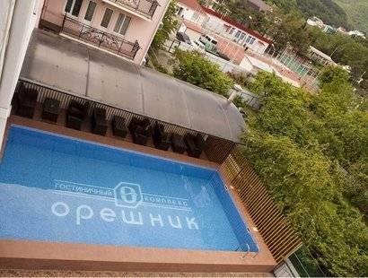 Отель Орешник