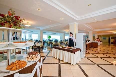 Отель Ателика Гранд Гамма