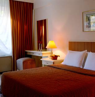 Queen's Park Turkiz Family Club Hotel