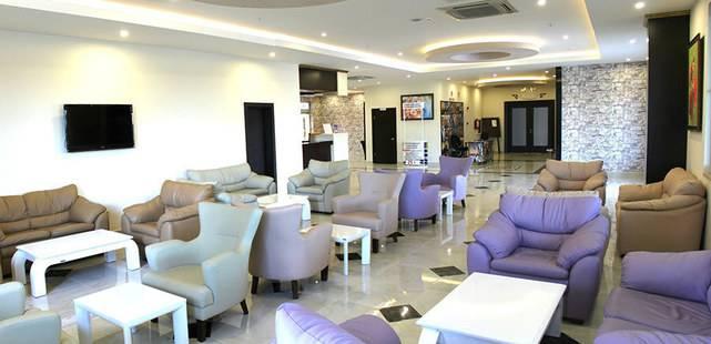 Side West Park Hotel