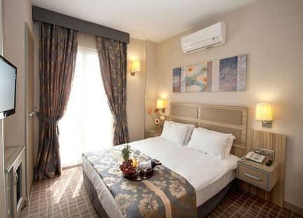 Nanda Hotel