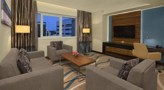 Double Tree By Hilton Hotel & Residence Dubai Al Barsha