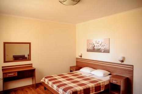 Отель Марикон