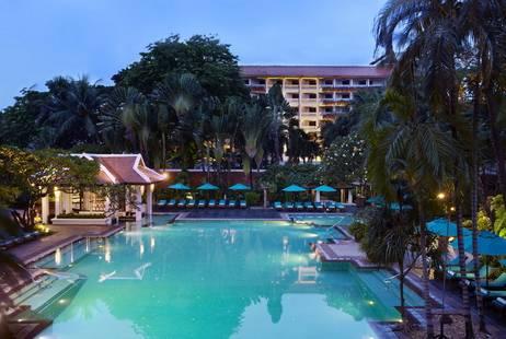 Anantara Bangkok Riverside Resort & Spa