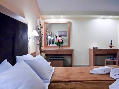Tolo Hotel