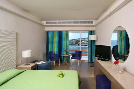 Eden Roc Resort Hotel & Bungalows