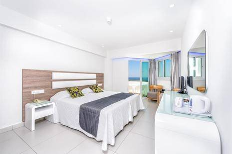 Tasia Maris Sands Hotel (Adults Only 14+)