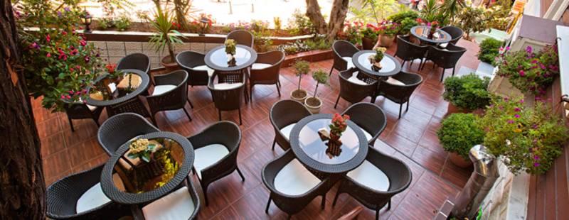 Lausos Hotel