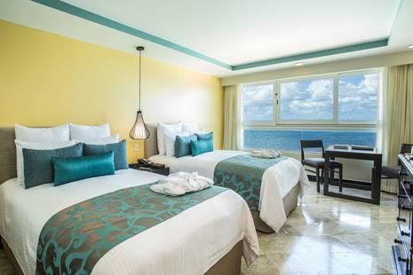 Dreams Sands Cancun Resort & Spa (Ex. Oasis Viva)