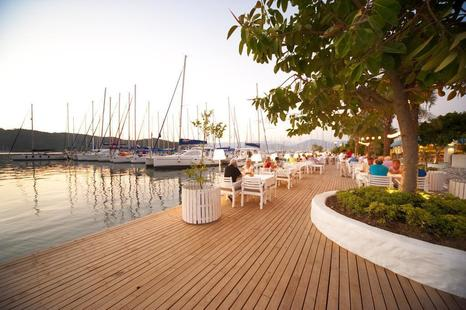 Yacht Boutique Hotel